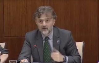 José Fiscal responde a la pregunta del Grupo Popular