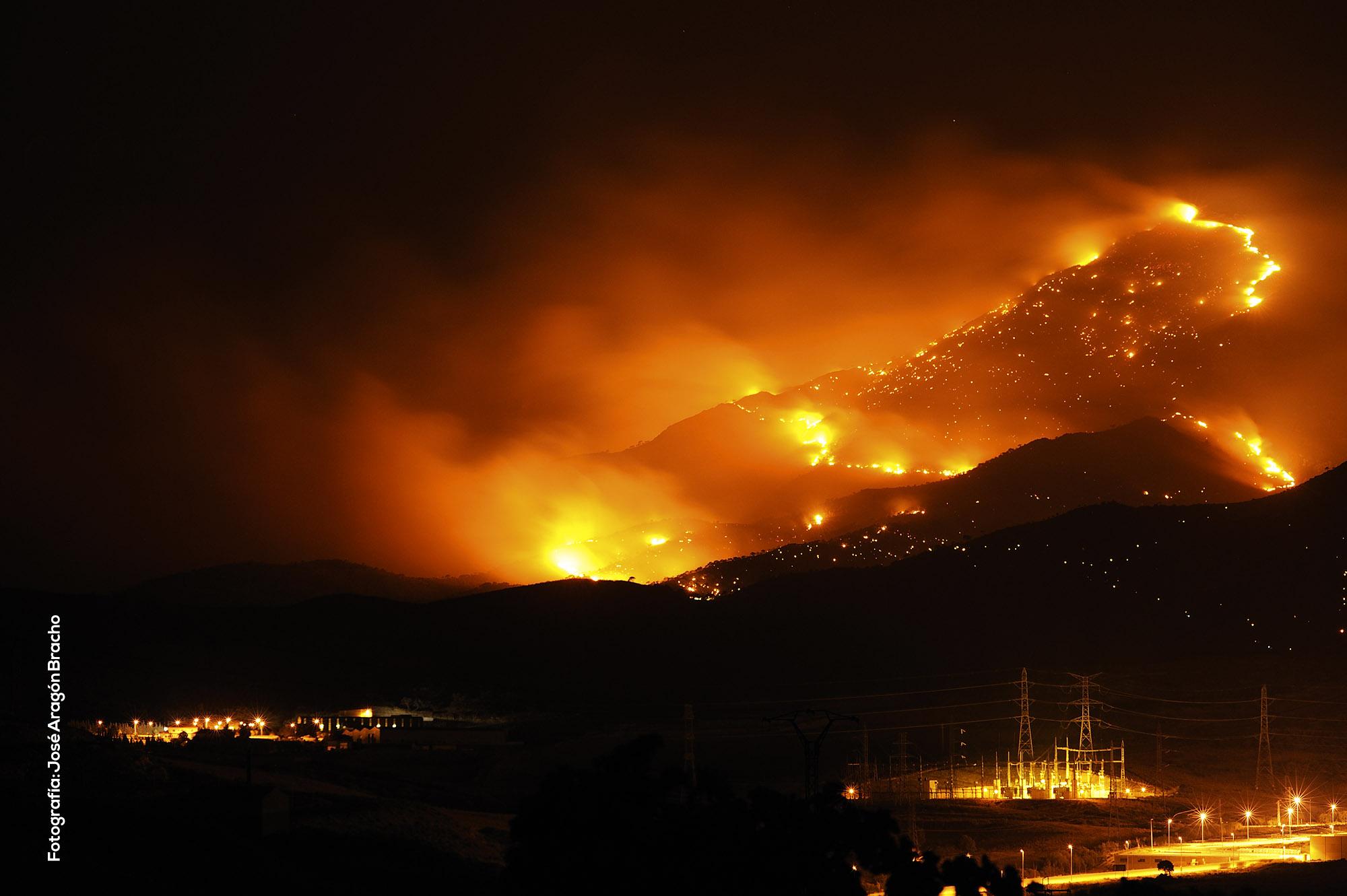 Incendio en Sierra Bermeja