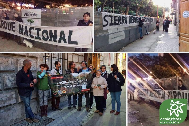 Ecologistas en Acción se manifiesta en Málaga a favor de Sierra Bermeja
