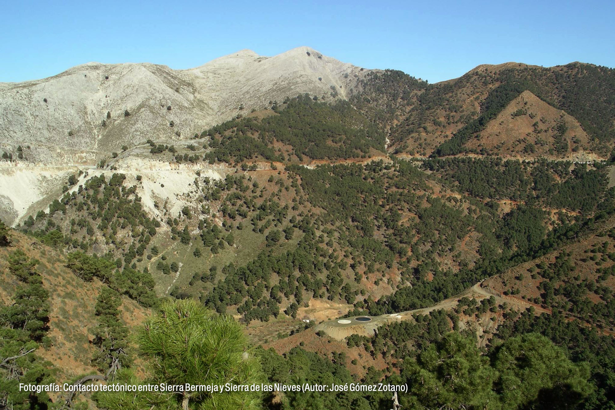 Contacto tectónico Sierra Bermeja y Sierra de las Nieves